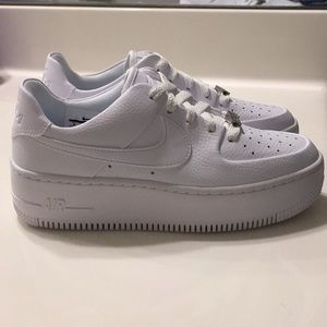 BRAND NEW! Nike Air Force 1 Sage Low Size 8.5!